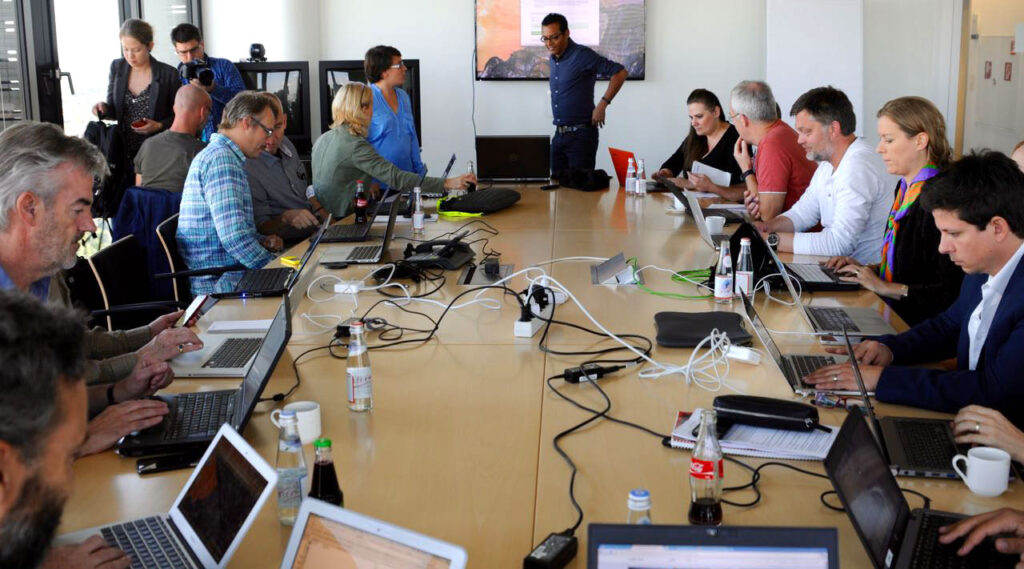 This image has an empty alt attribute; its file name is Munich-data-meeting-1280w-1024x569.jpg