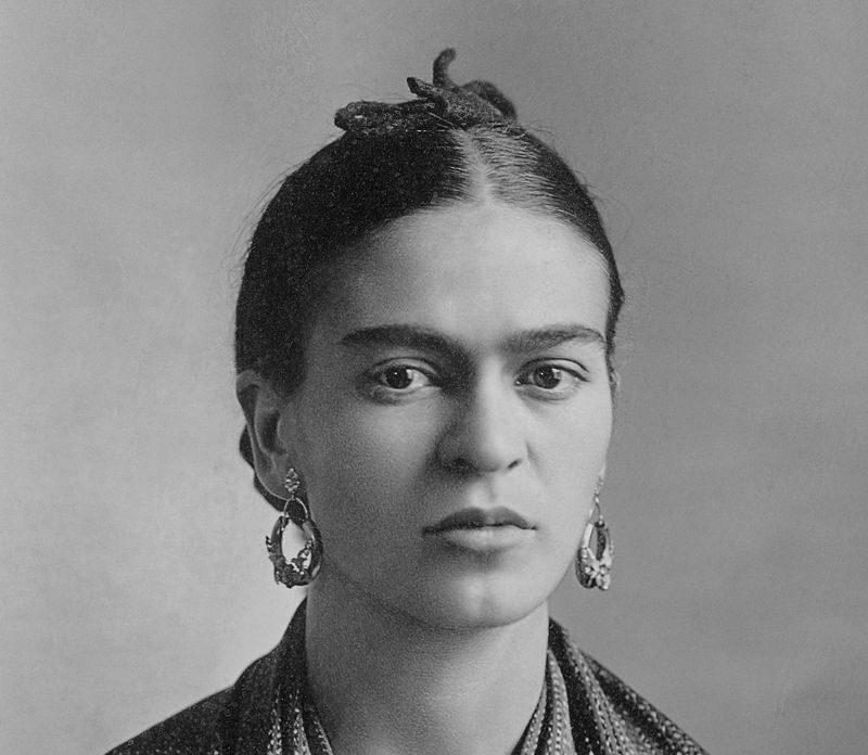 Frida Kahlo en octobre 1932, par Guillermo Kahlo (source Wikipedia)